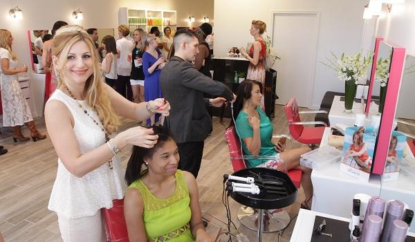 Les salons de coiffure camille albane de la rive gauche for Salon de coiffure camille albane