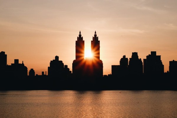 6 endroits pour voir un beau coucher de soleil new york - Coucher du soleil new york ...