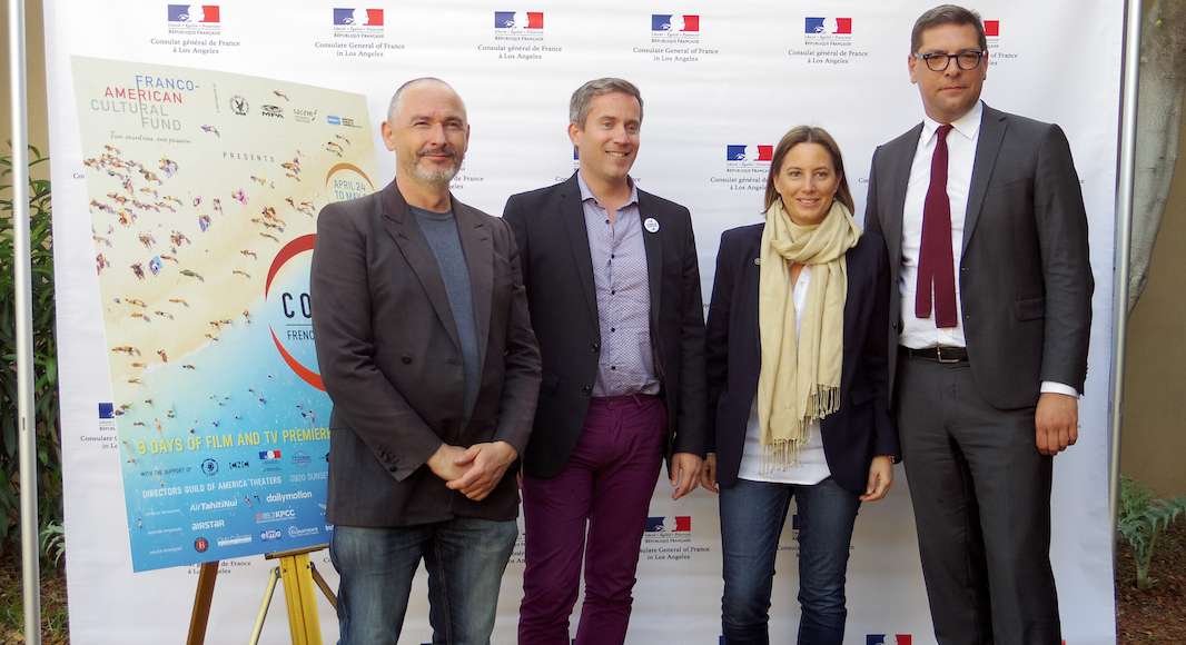 Johnny hallyday et jean dujardin colcoa 2017 french for Jean dujardin 2017