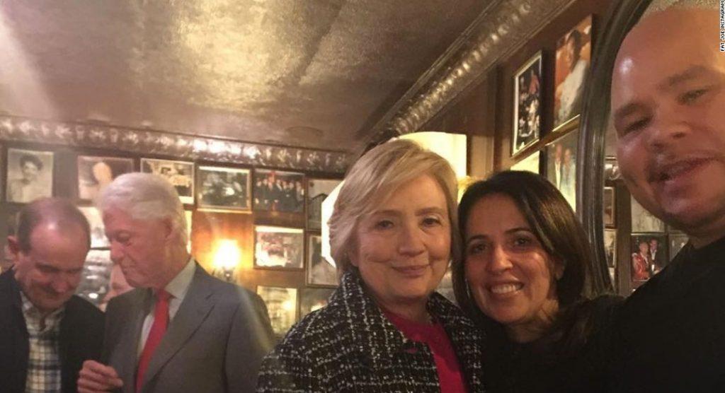 Hillary Clinto et Fat Joe au Rao's de New York