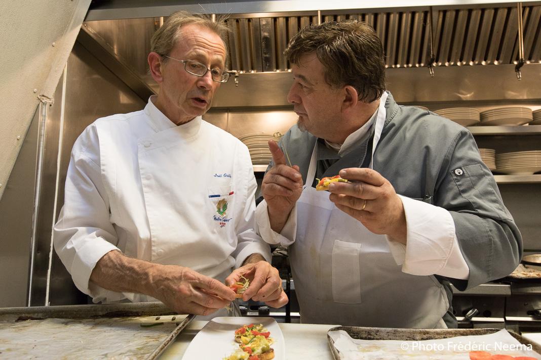 Joël Guillon et Fabrice Marcon en cuisine