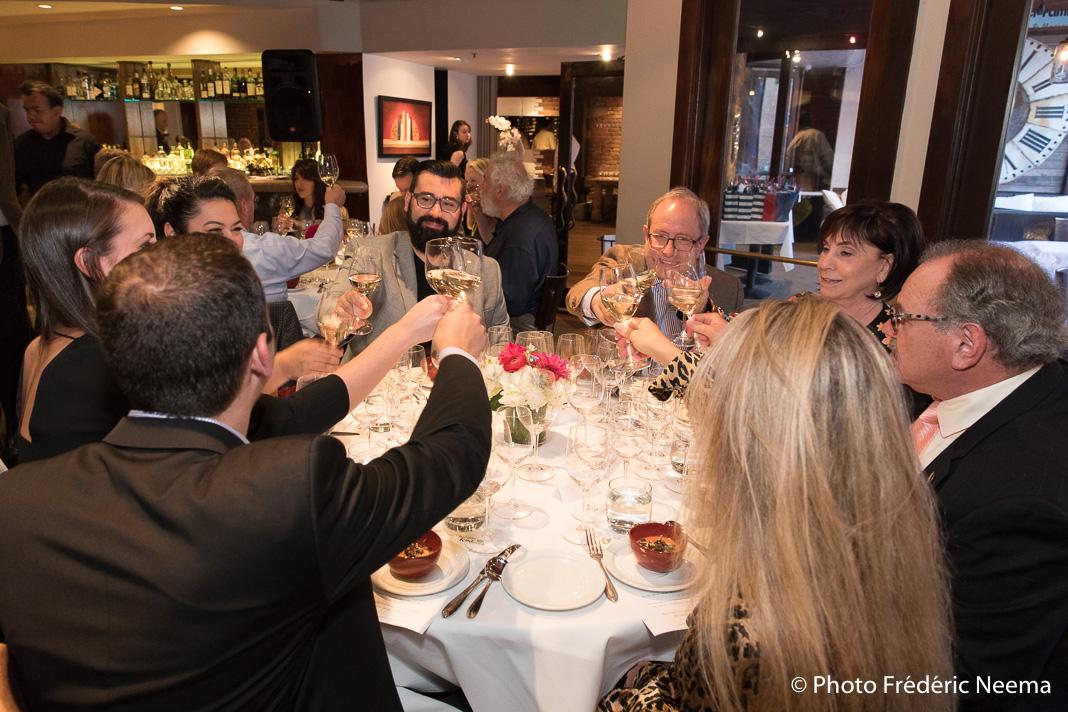Les convives du repas organisé par 7 chefs français