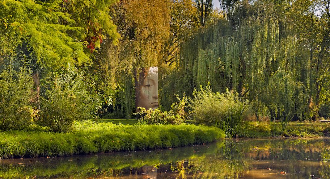 5. Parc et jardin du Clos Lucé_toiles géantes© Léonard de Serres (2)